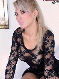 Sexy blonde tranny