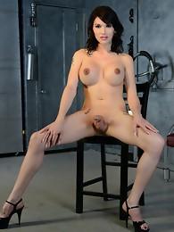 Alluring Eva strips and strokes