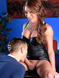Filthy teacher Mia Isabelle giving her student a lesson