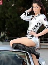 Hardcore race queen Domino presley